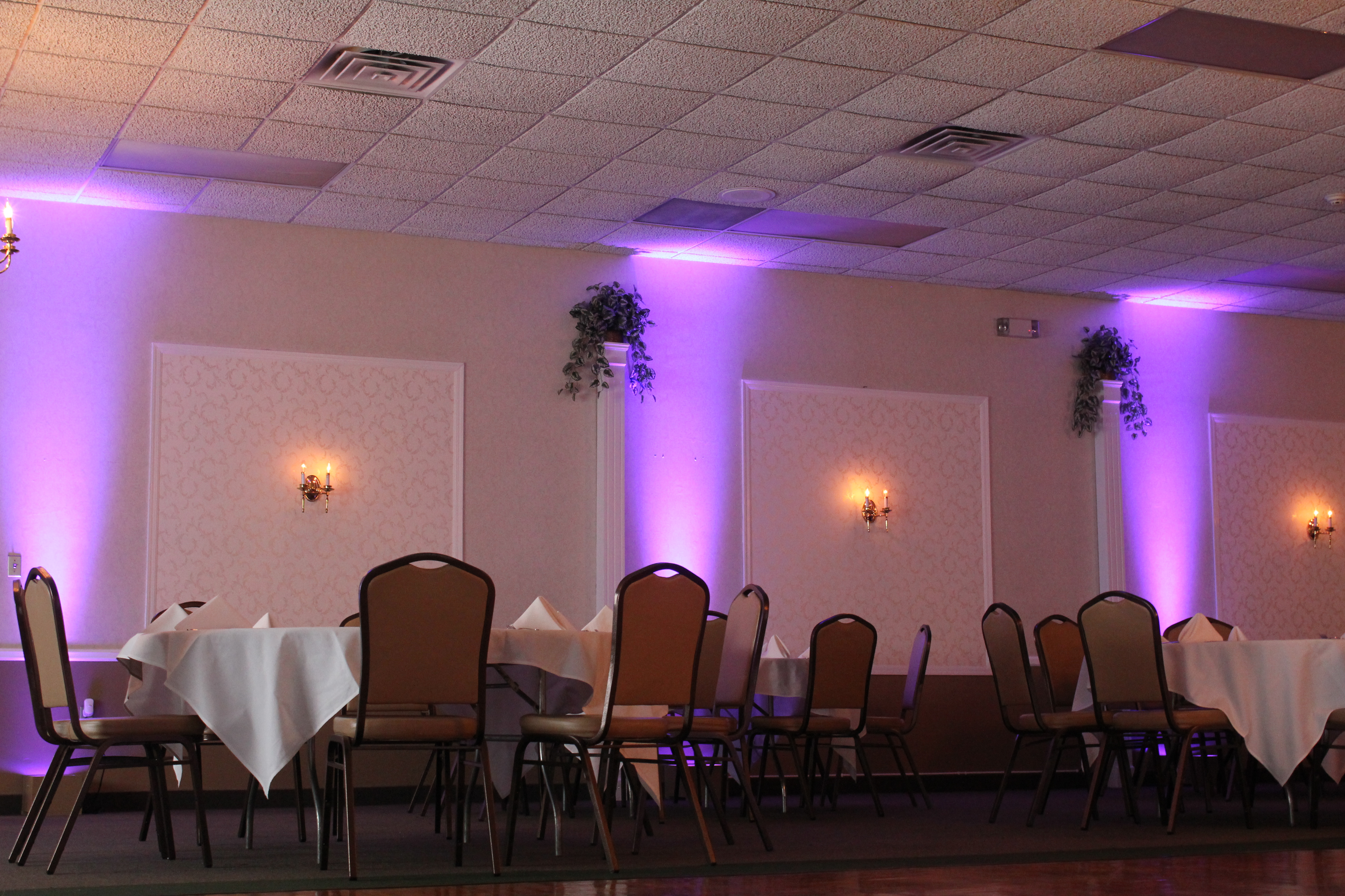 The Grand Banquet Hall T Amp L Catering Leon S Catering